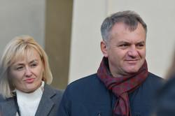 Олег Синютка з дружиною