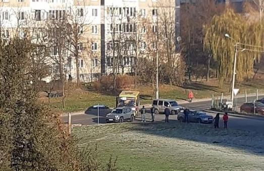 У Львові рейсовий автобус потрапив в ДТП