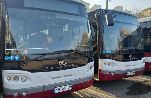 Стало відомо, на яких маршрутах у Івано-Франківську курсуватимуть нові автобуси