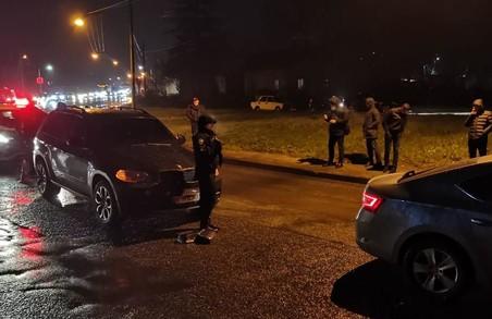 Правоохоронці Львівщини затримали водія, який вчинив хуліганство із застосуванням вогнепальної зброї