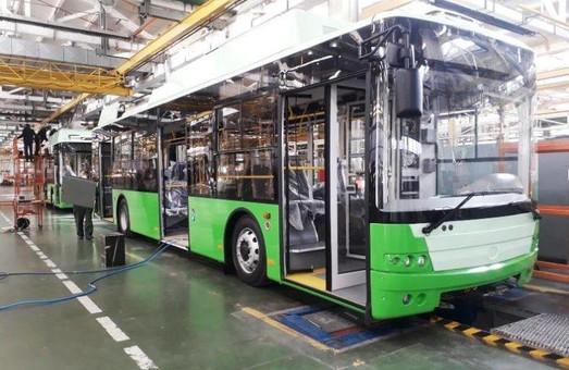 До Харкова із Луцька відправили іще 5 нових тролейбусів «Богдан»