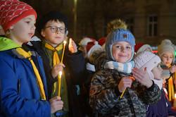УЛьвові засвітили головну ялинку міста (ФОТО)