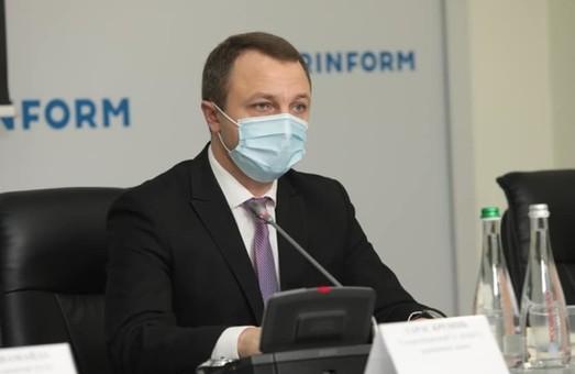 Мовний омбудсмен Тарас Кремінь пояснив, як діяти при відмові в обслуговуванні українською мовою