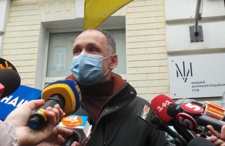 Після того, як Татаров став заступником Єрмака, його оточення збагатилося активами «Укрбуду»