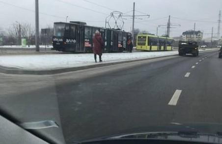 У Львові сьогодні зранку зупинилися трамваї на Сихові