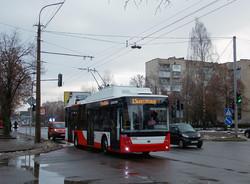 На вулиці Луцька виїхало іще чотири нових тролейбуси