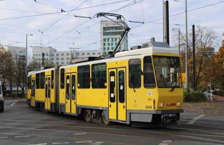 Трамваї із Берліна, які у Садового обіцяли придбати для Львова, їдуть у Запоріжжя