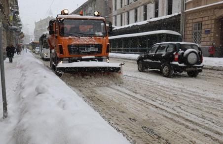 У п'ятницю у Львові для прибирання від снігу перекриватимуть окремі вулиці