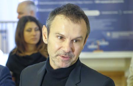 Екс-лідер «Голосу» Святослав Вакарчук підтримує паплюження Бабиного Яру росіянами