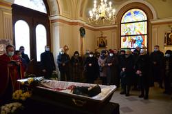 У Львові попрощались з дисиденткою Ольгою Горинь (ФОТО)