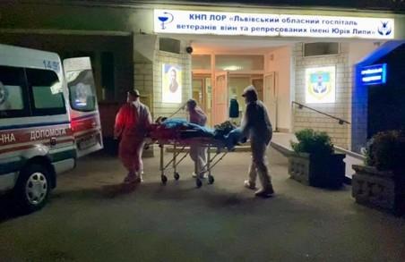 Львівщина почала приймати ковідних пацієнтів із Прикарпаття