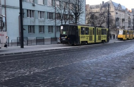 У Львові через негоду вийшло із ладу майже чотири десятки трамваїв