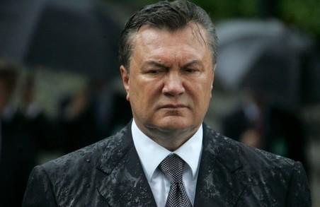 Адвокат Януковича нагадав про існування екс-президента у річницю розстрілів на Майдані