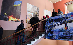 """У Львові відкрилась виставка """"Революція гідності: спалахи пам'яті"""" (ФОТО)"""