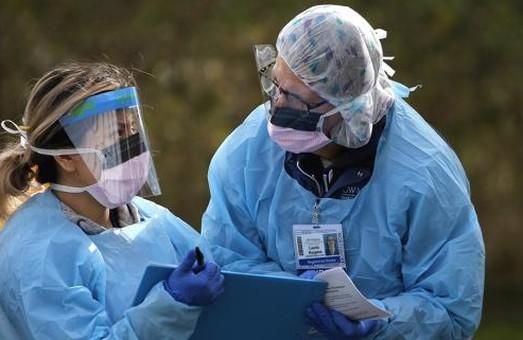 Протягом доби п'ятниці 19 лютого на Львівщині виявили 420 нових випадків COVID-19