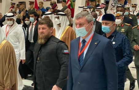 Український віце-прем'єр опинився на фото разом із чеченським лідером Кадировим