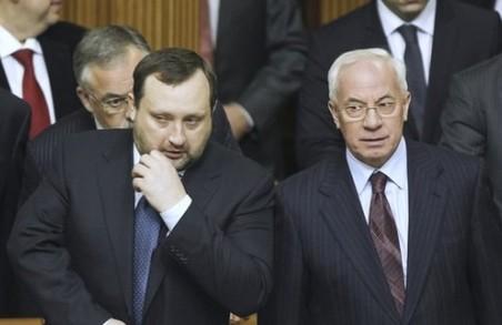 В Євросоюзі планують зняти санкції із двох високопосадовців часів Януковича