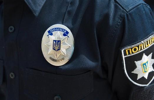 Біля офісу «Опозиційної платформи – За життя» правоохоронці проводили обшуки