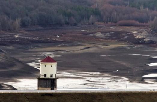 В окупованому росіянами Криму пересохло іще два водосховища, третє на межі висихання