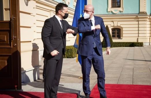 Шарль Мішель обіцяє нові «важливі рішення» щодо Росії після візиту в Україну