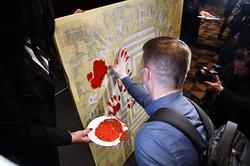Гості намалювали символічну картину