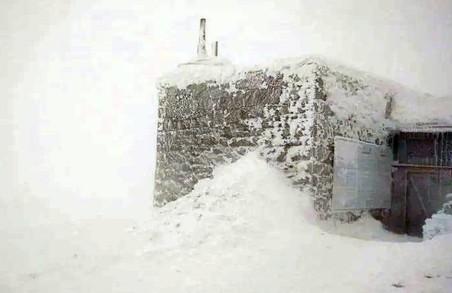 У Карпатах весна погіршила погоду: вдарив десятиградусний мороз