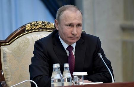 Путін заборонив «іноземним громадянам» володіти землею в Криму