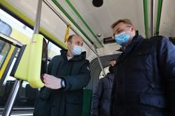 У Львові почали тестовий монтаж валідаторів для «електронного квитка» (ФОТО)