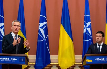Зеленський назвав вступ України в НАТО єдиним шляхом до завершення війни на Донбасі