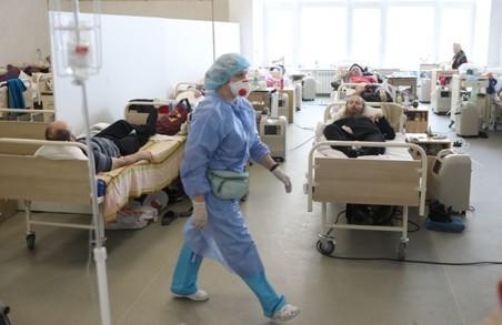 На Львівщині протягом доби вівторка 6 квітня виявили майже 1100 нових випадків COVID-19