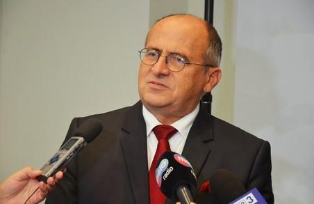 Завтра Україну із робочим візитом відвідає голова МЗС Польщі Збігнєв Рау