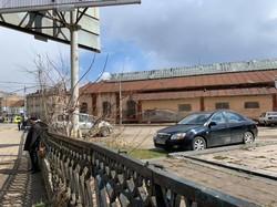 У Львові на території старого трамвайного депо функціонує незаконна платна парковка